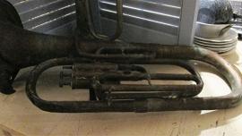 B005 Oude (koperen)Tuba
