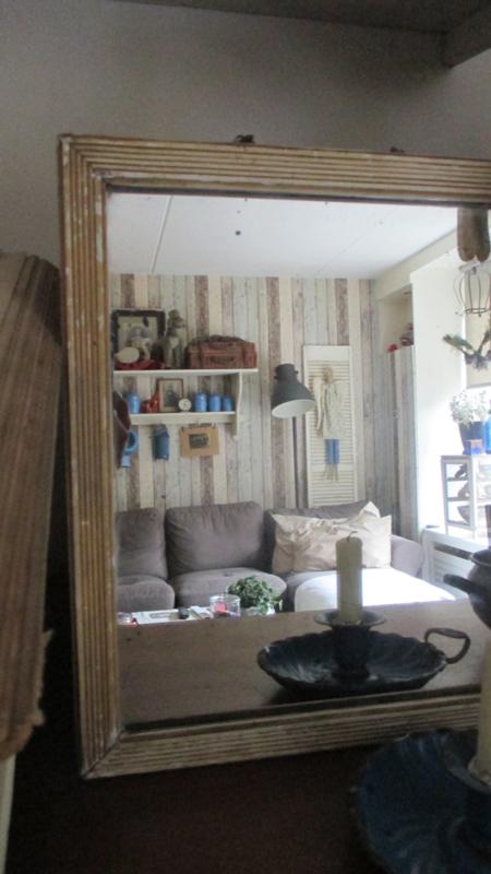 B595 Oud spiegeltje