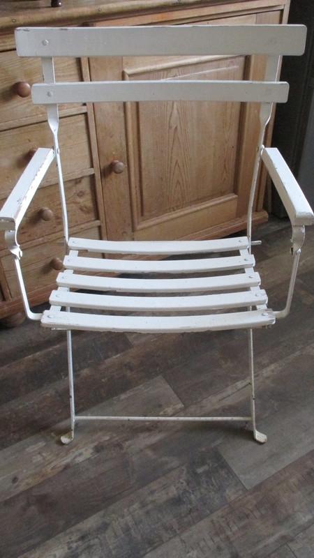 MV018 Bistro stoel met armleggers (wit)
