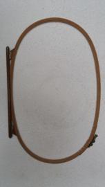 Oude Houten Quilt/Borduur-ring 39,5 x 25 cm