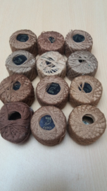 Set van 12 Bolletjes Naaigaren Bruin Tinten
