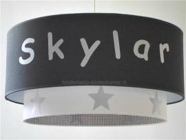 lamp babykamer effen antraciet met naam wit en zilveren sterren