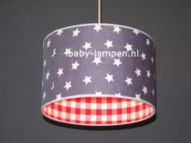 Babylamp grijze sterren en rode ruit