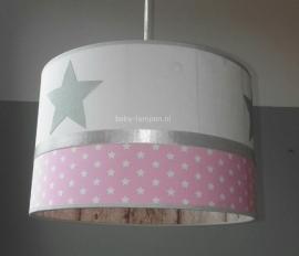 babylamp wit mint groene ster roze sterren en steigerhout