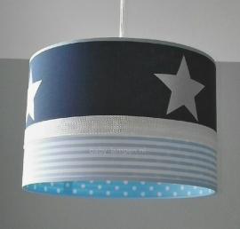 babylamp donkerblauw 3x witte ster en lichtblauwe sterren en strepen