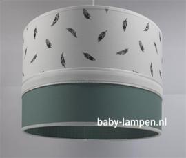 Lamp babykamer oud groen wafelstof en veertjes