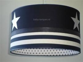Babylamp donkerblauw witte grote sterren en dikke blauwe strepen met ster aan binnenkant