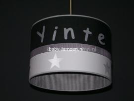 lamp babykamer Yinte met zilveren sterren