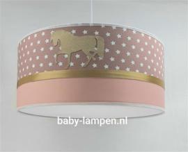 Hanglamp oudroze sterren en gouden paarden