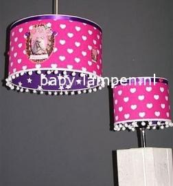 Babylamp roze met witte hartjes en paarden applicatie met naam