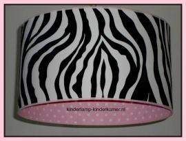 lamp babykamer zebra en roze stipje