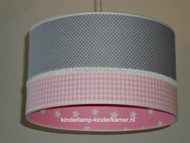 Babylamp grijs stipje roze ruitje en sterren