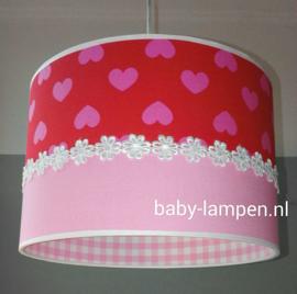 babylamp rood roze hartjes