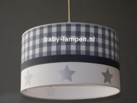 lamp babykamer grijze ruit en zilveren sterren