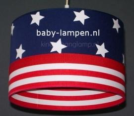 lamp babykamer donkerblauwe ster en rood wit gestreept