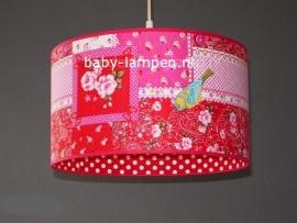 Meisjeslamp rode pipvogel en rode stip