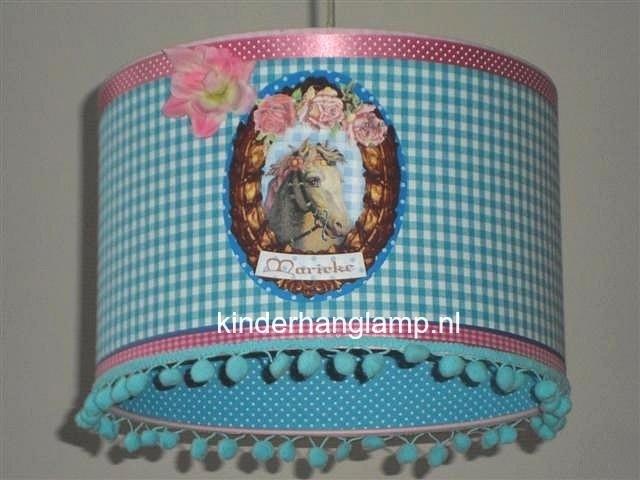meisjeslamp aqua blauw en roze met paardje en naam