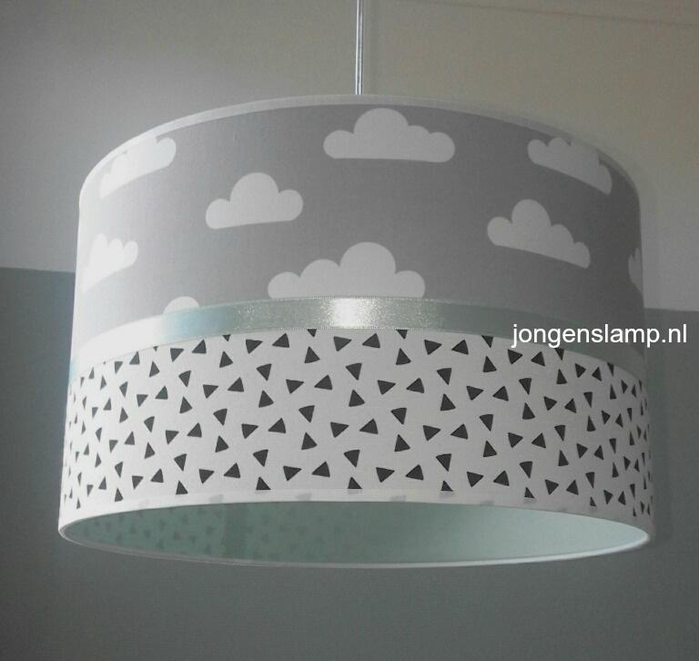 Babylamp mint groen grijs met wolken