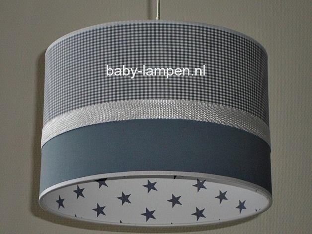 lamp babykamer grijs ruitje en effen grijs binnenkant wit grijze sterren