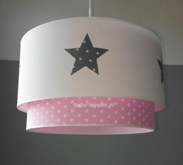 Roze Hanglamp Babykamer.Lamp Babykamer Wit Grijze Stoffen Sterren Roze Witte Sterren