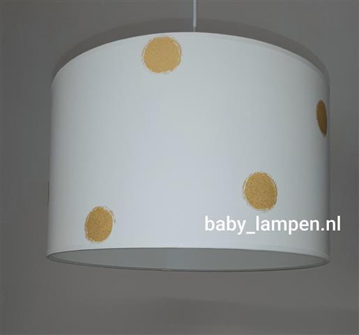 Lamp babykamer gouden stippen behang