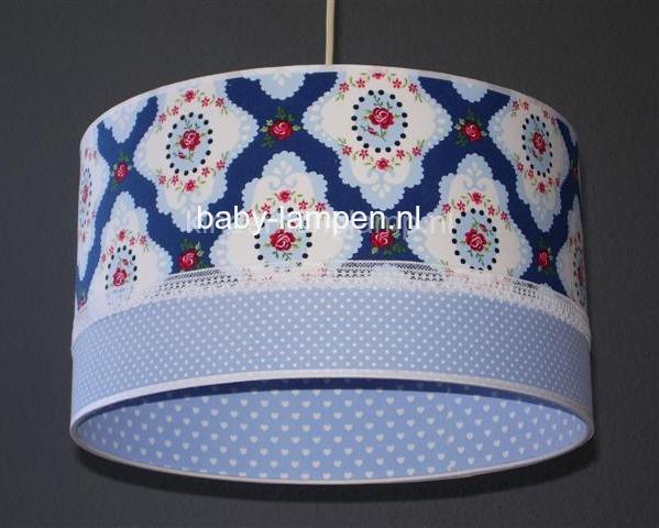 Lamp babykamer blauwe ornamenten