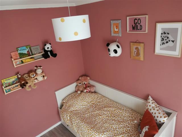 babykamer oud roze