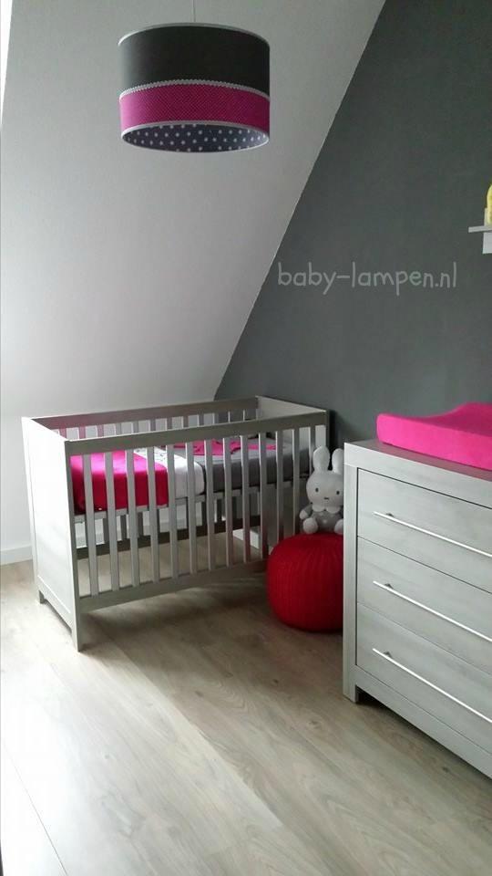 babykamer roze