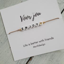 Armbandje met een boodschap