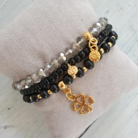 Armbandjes zwart goud