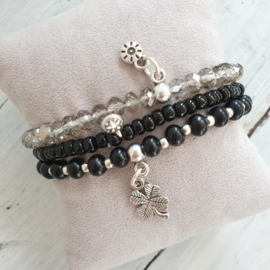Armbandjes  zwart zilver