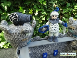 Castle and knight crochetpattern