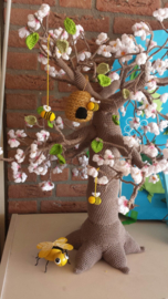 Tree 4 seasons crochetpattern