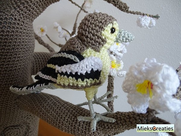 The Finch Male and Female crochetpattern