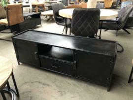 Nieuw TV meubel industrieel zwart