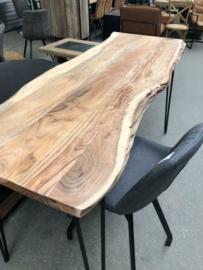 Nieuwe bartafel industrieel hout metaal