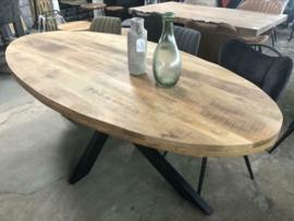 Nieuw: Eettafel ovaal mango 210