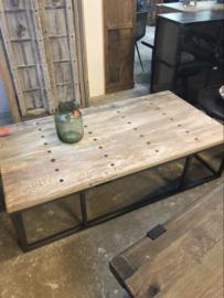 Salontafel oud hout rustiek industrieel