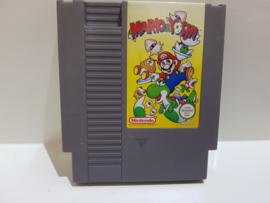 Mario & Yoshi - Nintendo NES 8bit - Pal B (C.2.2)