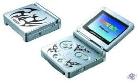 Nintendo Gameboy Advance SP - gebruikt - boxed - Tribal Edition (B.1.2)