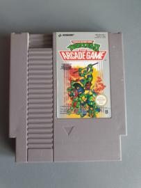 Teenage Mutant Hero Turtles II: The Arcade Game Nintendo NES 8bit (C.2.4)