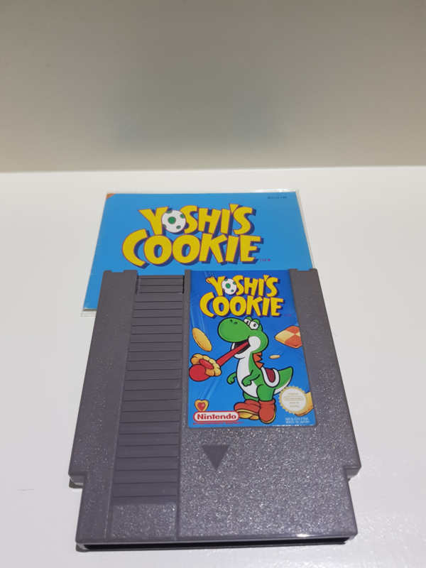 Yoshi Cookie - Nintendo NES 8bit - Pal B (C.2.7)