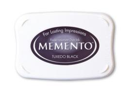 Memento: Tuxedo Black