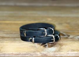 Zwart halsbandje voor kleine hondjes
