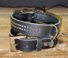 Zwarte halsband 55 cm