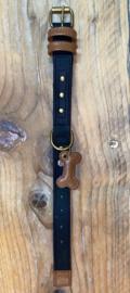 Zwart met bruine halsband 30 cm