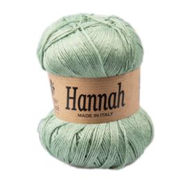 Hannah 32