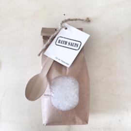 Badzout, wit,  in paperbag en lepel  |  Op de Maalzolder