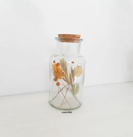 Jar met droogbloemen Studio EEKE M oranje