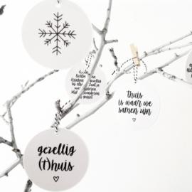 Kerst hanger/ bal Gezellig(t)huis  |  By Romi